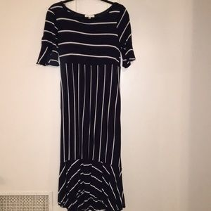 Midi navy striped dress